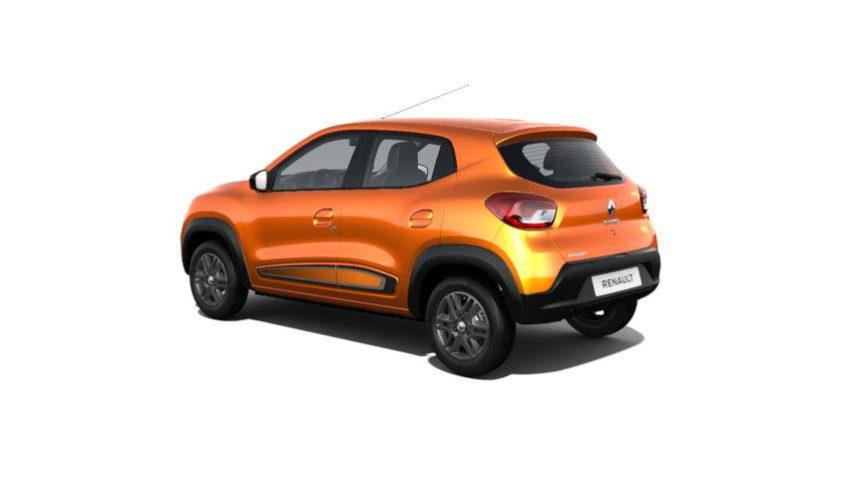 Renault Kwid laranja visto desde a traseira
